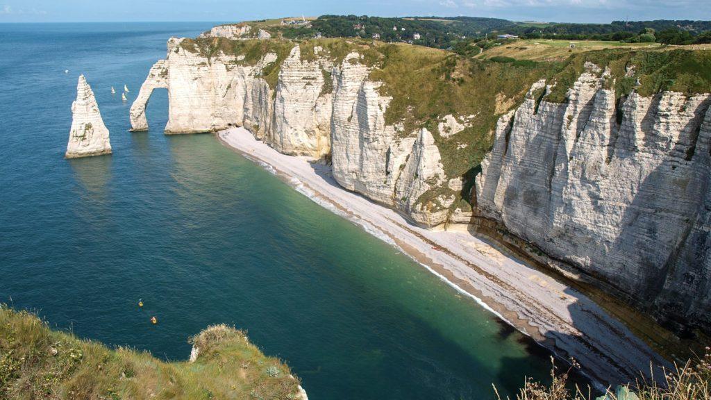 Die Klippen der Normandie im Norden Frankreichs