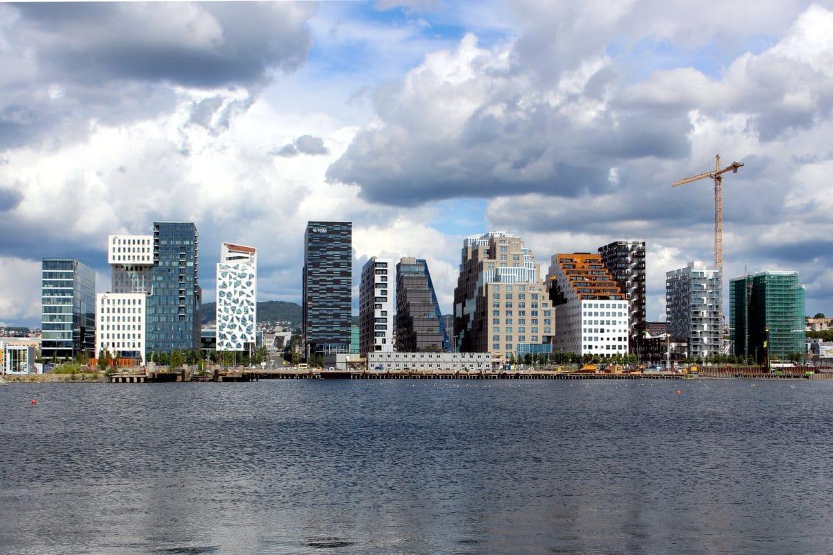 Norwegens Hauptstadt Oslo mit seiner Skyline