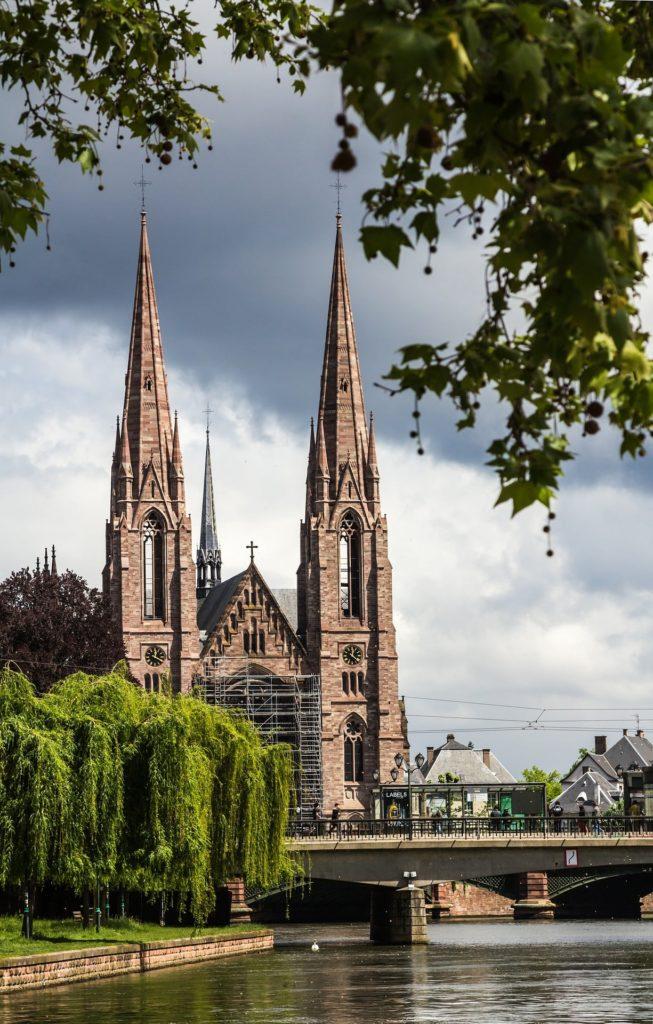 Die Paulskirche in Straßburg, Frankreich.