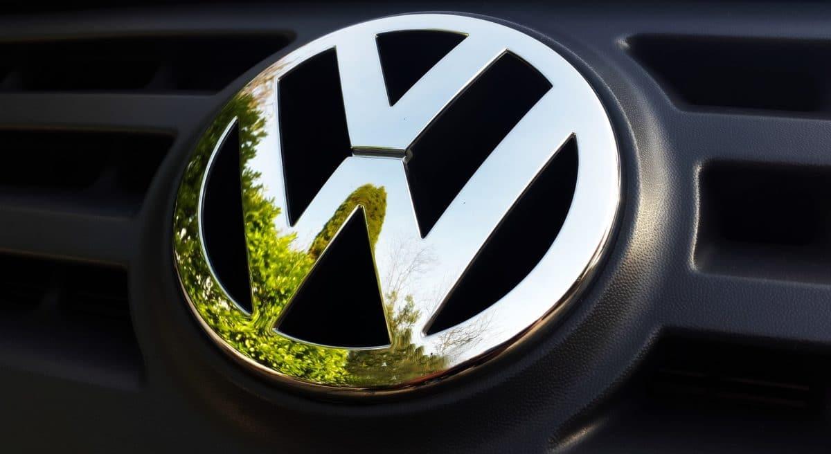 Volkswagen VW Emblem
