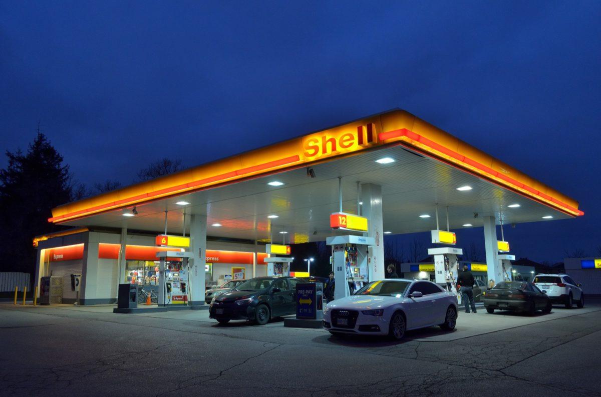 Shell Tankstelle in Frankreich.