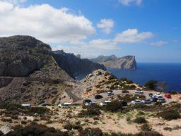 Serpentinen in den Bergen auf Mallorca.