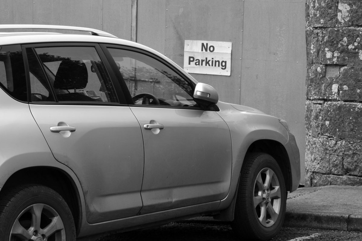 Falschparker per App melden? 🚗 Mietwagen.Tips