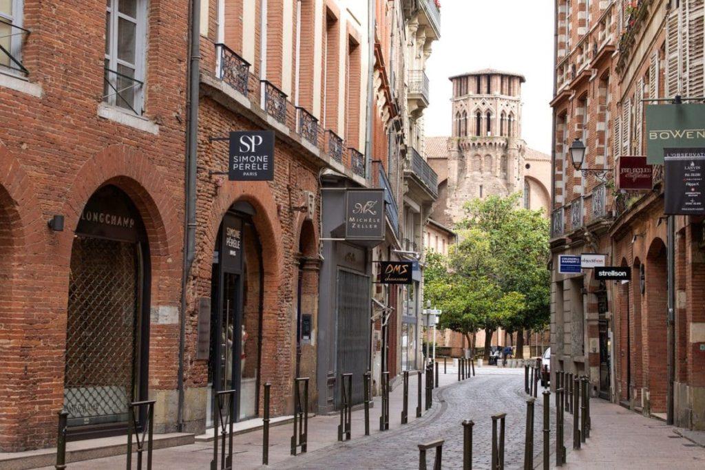 Gasse in der Innenstadt von Toulouse